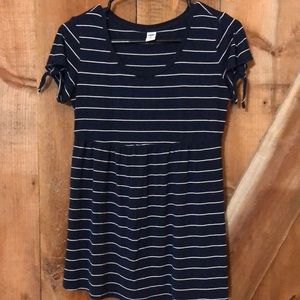 Old Navy striped maternity baby doll tee size XS